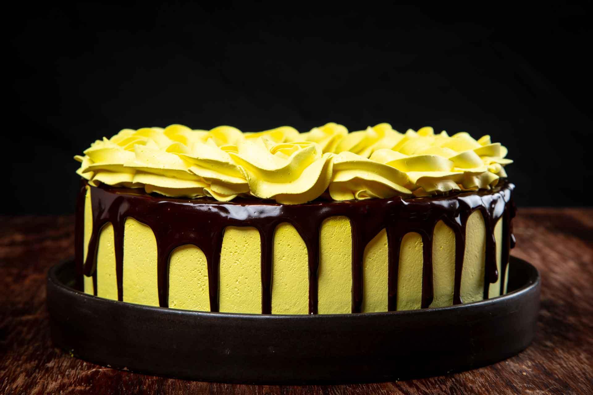 Torta Chocolate Passion Fruit