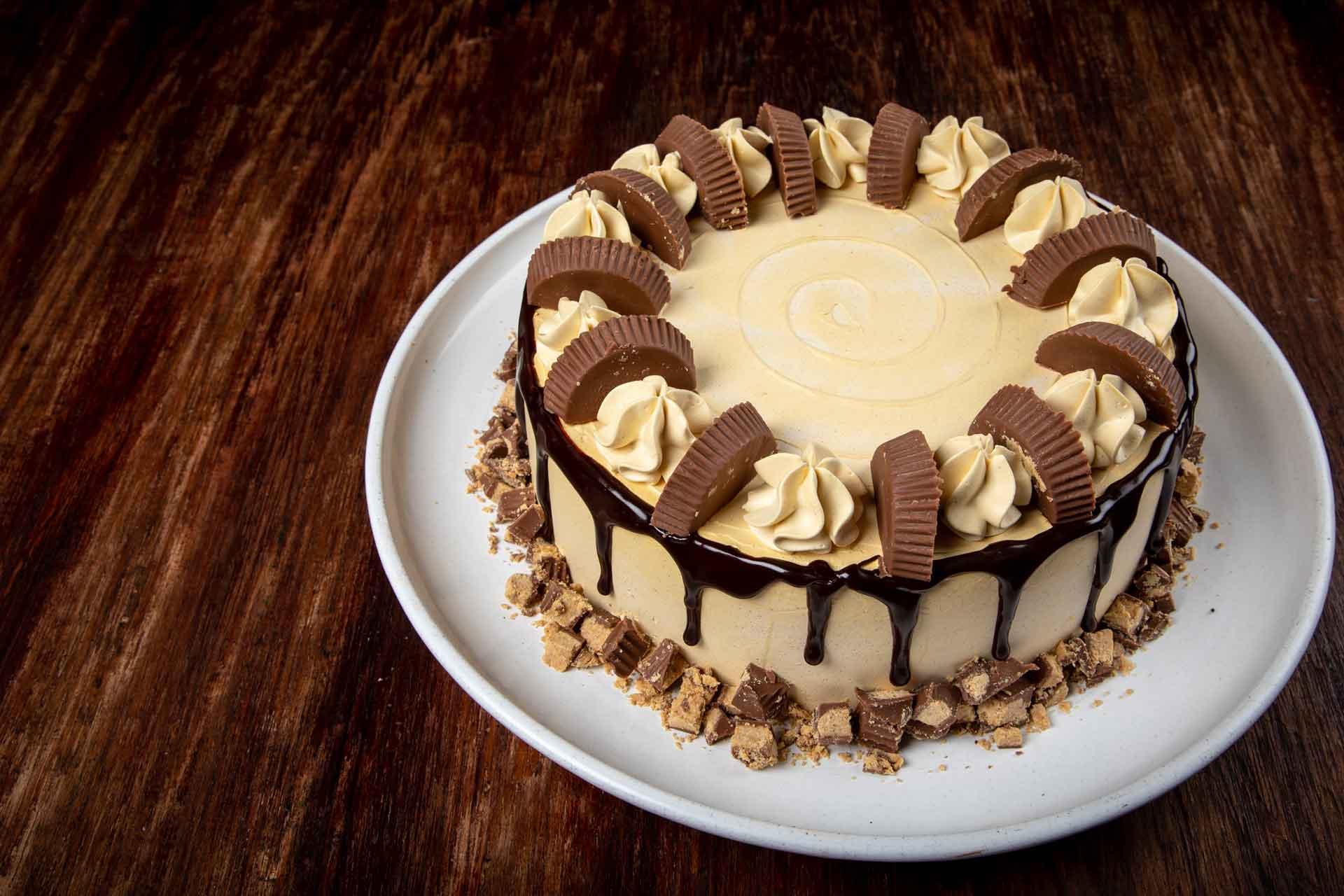 Torta Reeses Cake